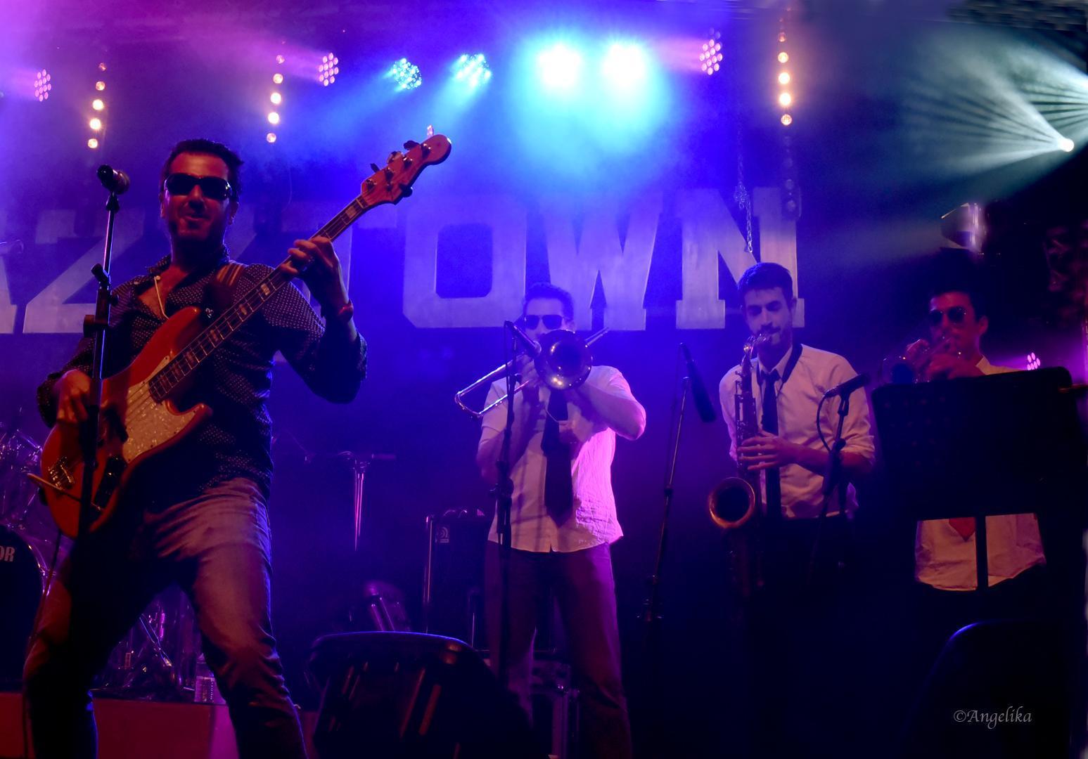 Funk Me Tender - Photo5